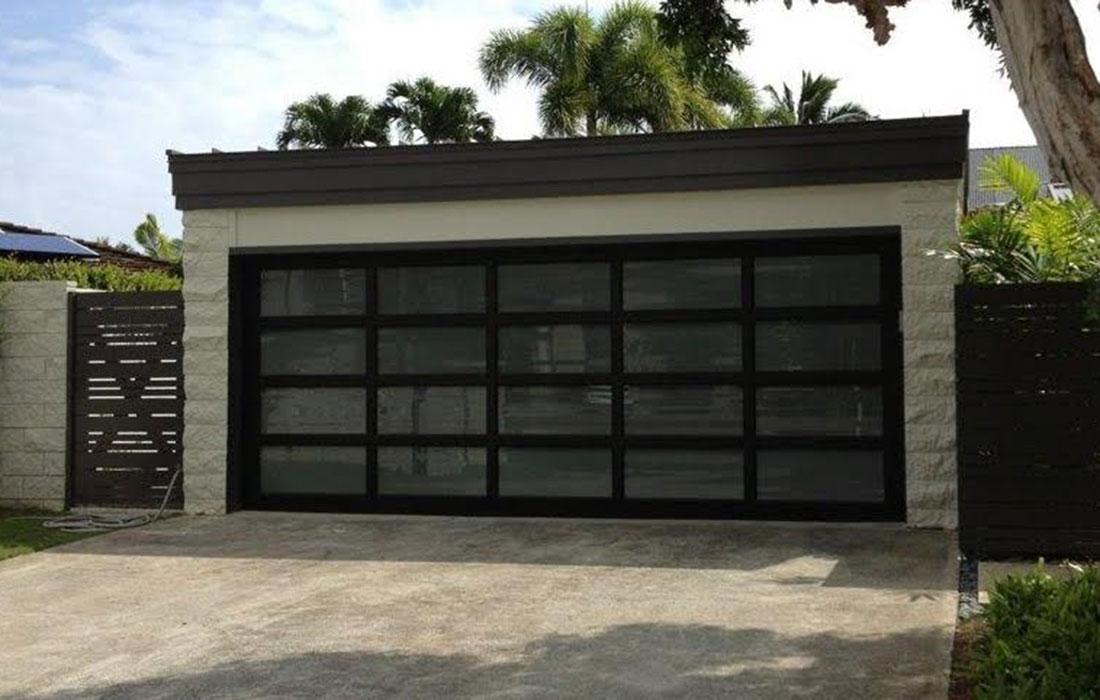 Raynor Hawaii Aluminum Garage Doors